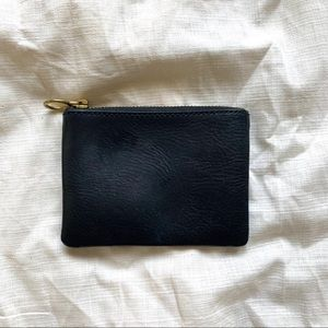 Madewell's The Leather Pouch Wallet